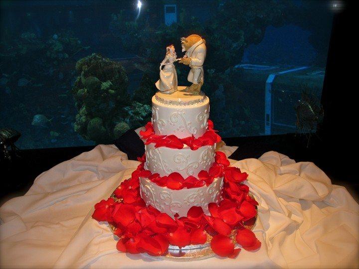epcot-living-seas-wedding-cake