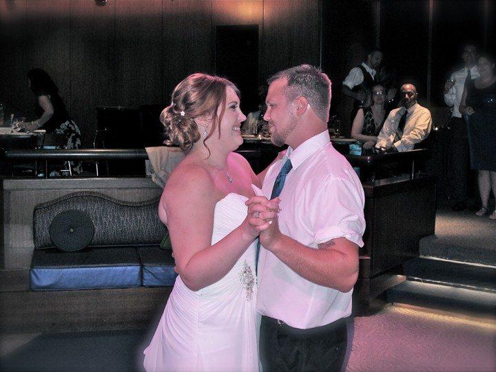 walt-disney-world-living-seas-wedding-first-dance