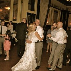 310-lakeside-downtown-orlando-wedding-guests-dancing