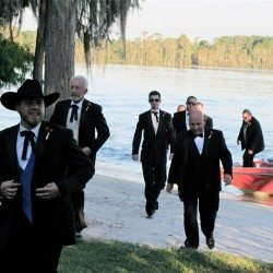 orlando-paradise-cove-wedding-groom-boat