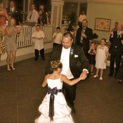 walt-disney-world-ariels-wedding-grooms-dance