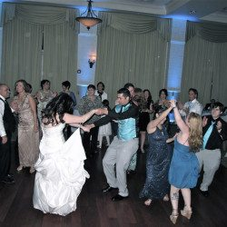 lake-mary-events-center-wedding-dancing