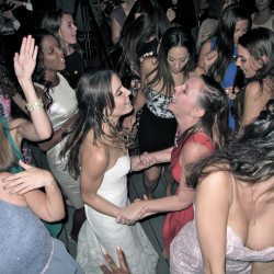 paradise-cove-wedding-bride-dance