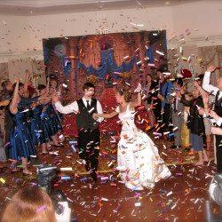 disney-whitehall-grand-floridian-wedding-confetti
