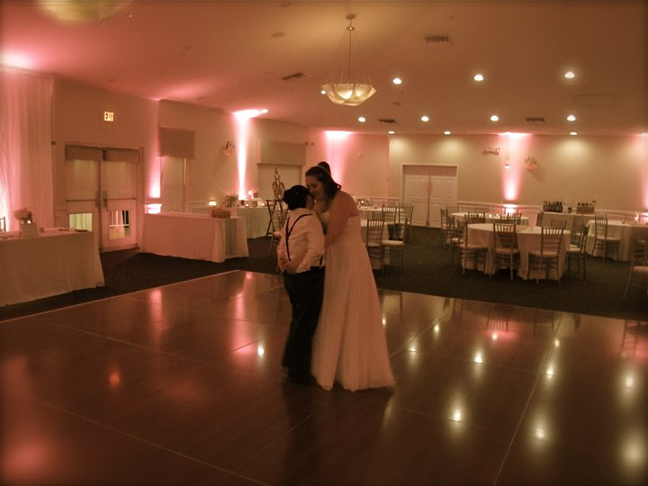 st-cloud-royal-crest-room-wedding-last-dance
