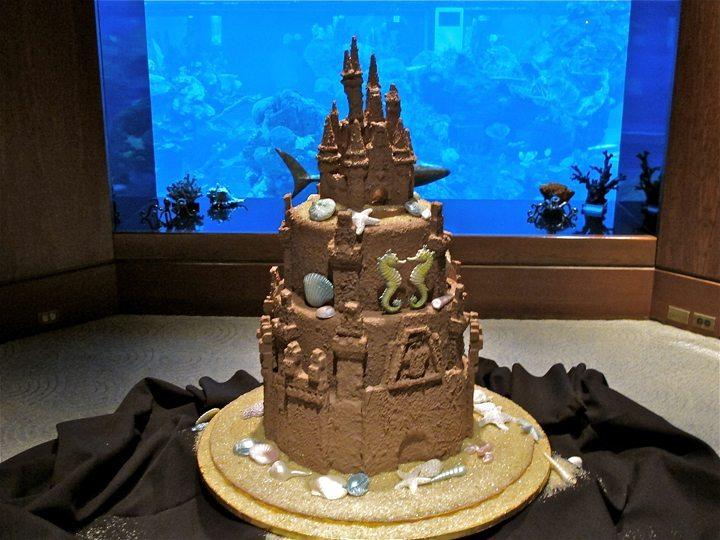 living-seas-epcot-wedding-cake