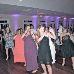 tuscawilla-country-club-wedding-dancing