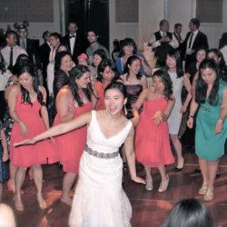 disneys-boardwalk-wedding-bride-guests