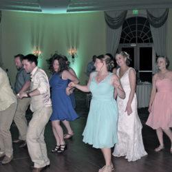 orlando-rosen-shingle-creek-wedding-guests-dancing
