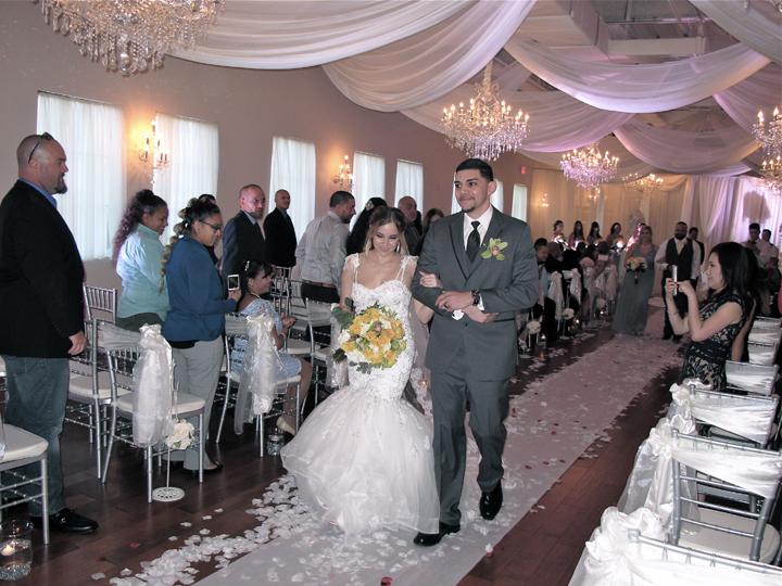 metrowest-crystal-ballroom-veranda-wedding-ceremony