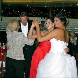contemporary-resort-napa-room-wedding-brides-dance