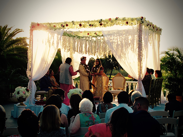 This Mission Inn Wedding had a traditional Hindi ceremony in La Plaza de la Fontana.